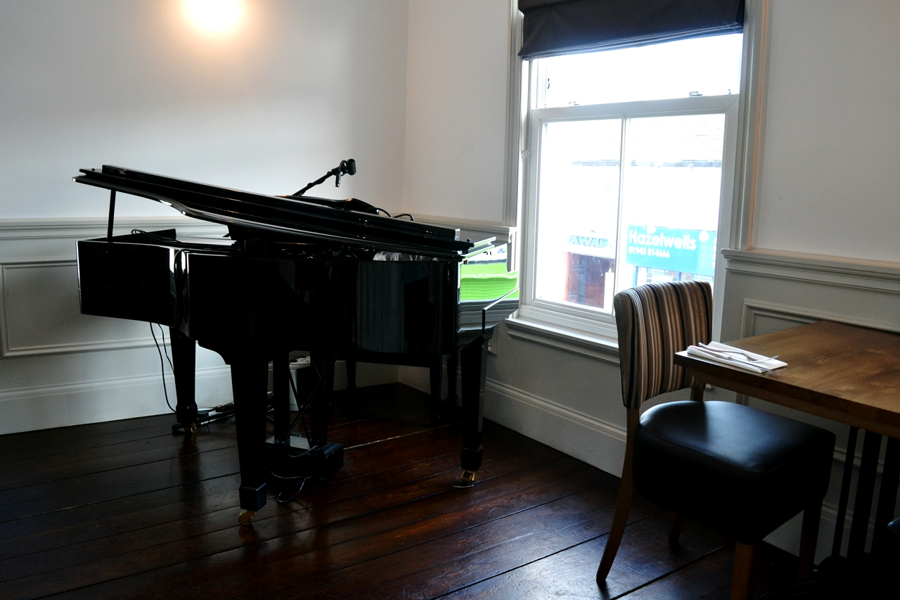 piano provenance westhoughton