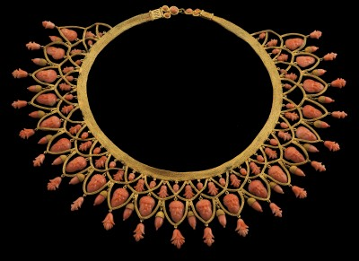 395-142 Coral Necklace (1)