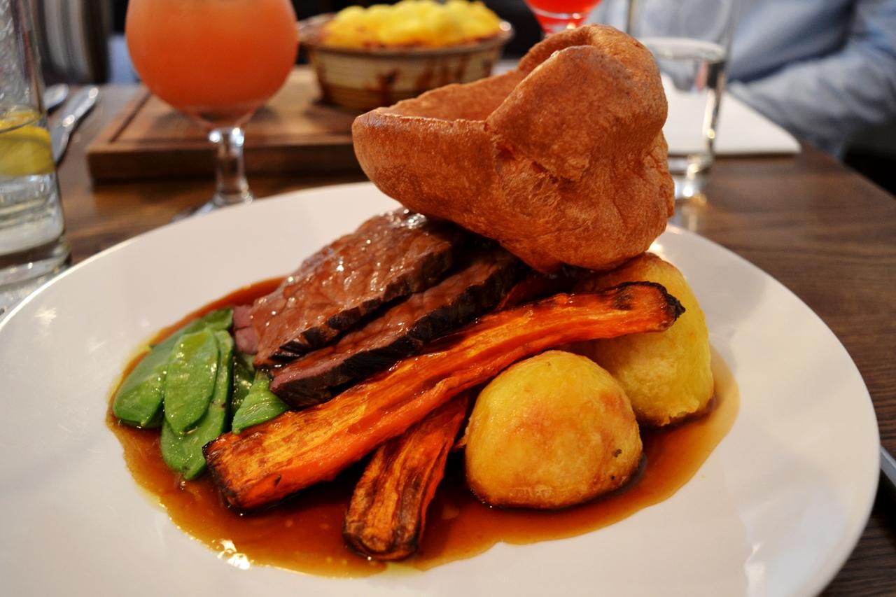 roast beef sunday lunch provenance bolton westhoughton