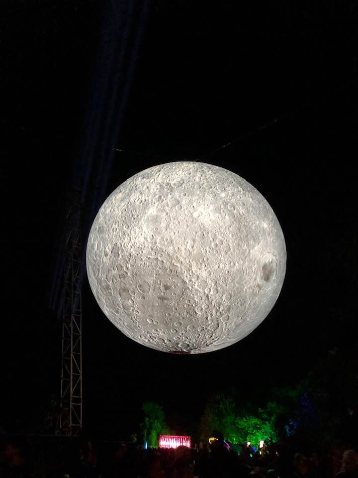 moon bluedot replica