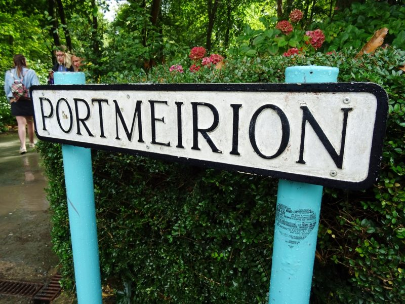 portmeirion sign