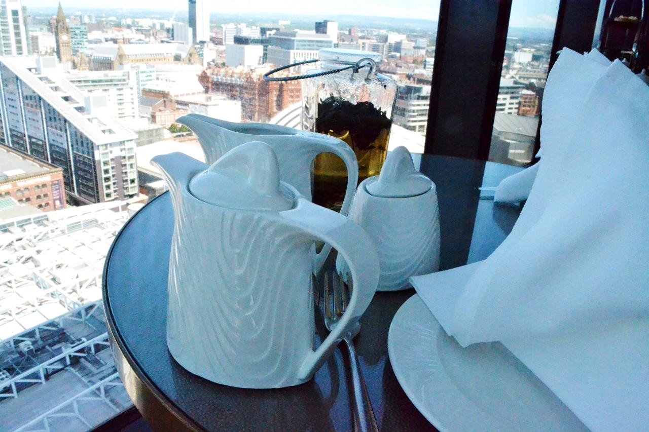 cloud 23 bar manchester hilton hotel tea