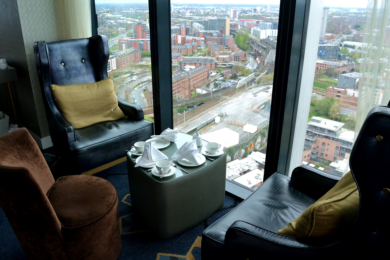 cloud 23 hilton hotel manchester chairs