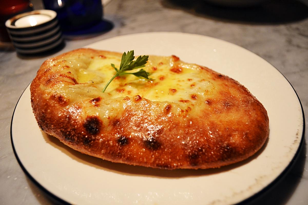 pizza express garlic bread mozzarella cheese