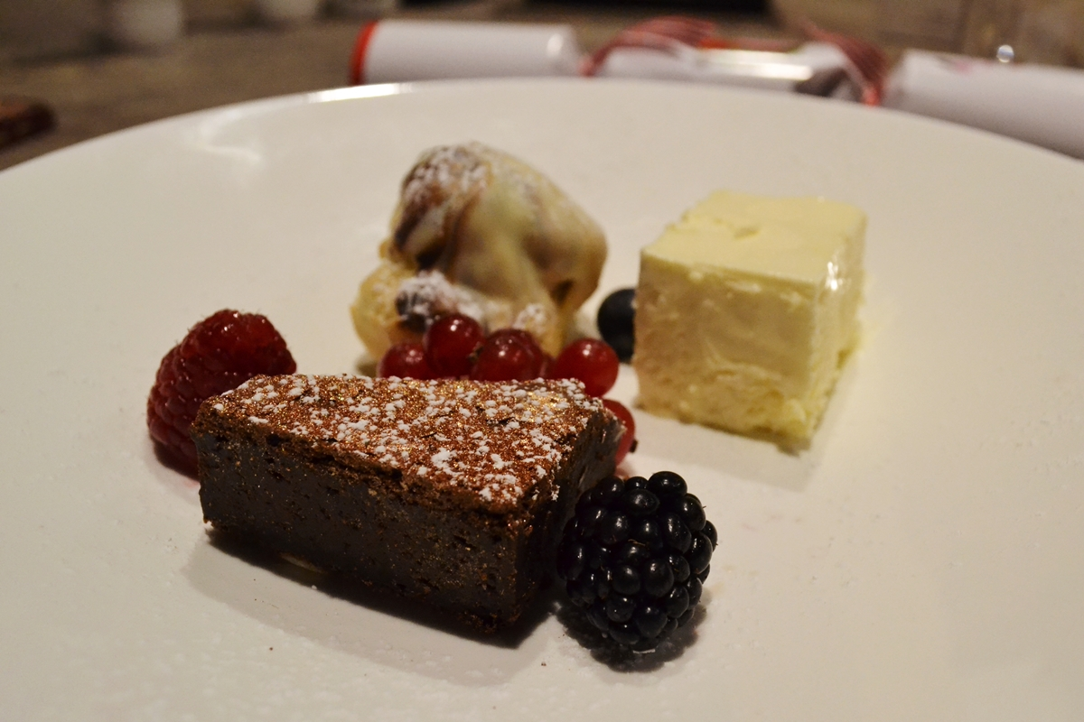 glitter brownie with red berries ice cream
