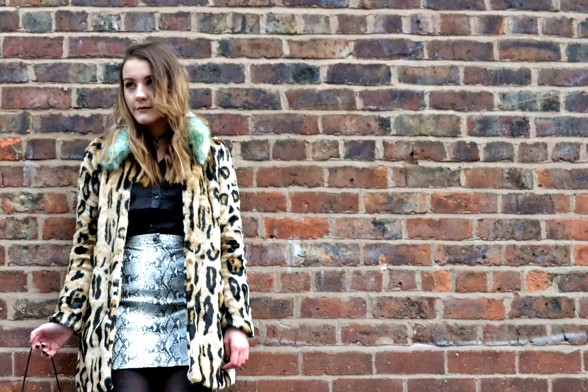 5a74d40ac0f1 Trend Editorial: Texture Clashing Confidence urbancode london asos  missguided hm fashion satin faux fur leopard