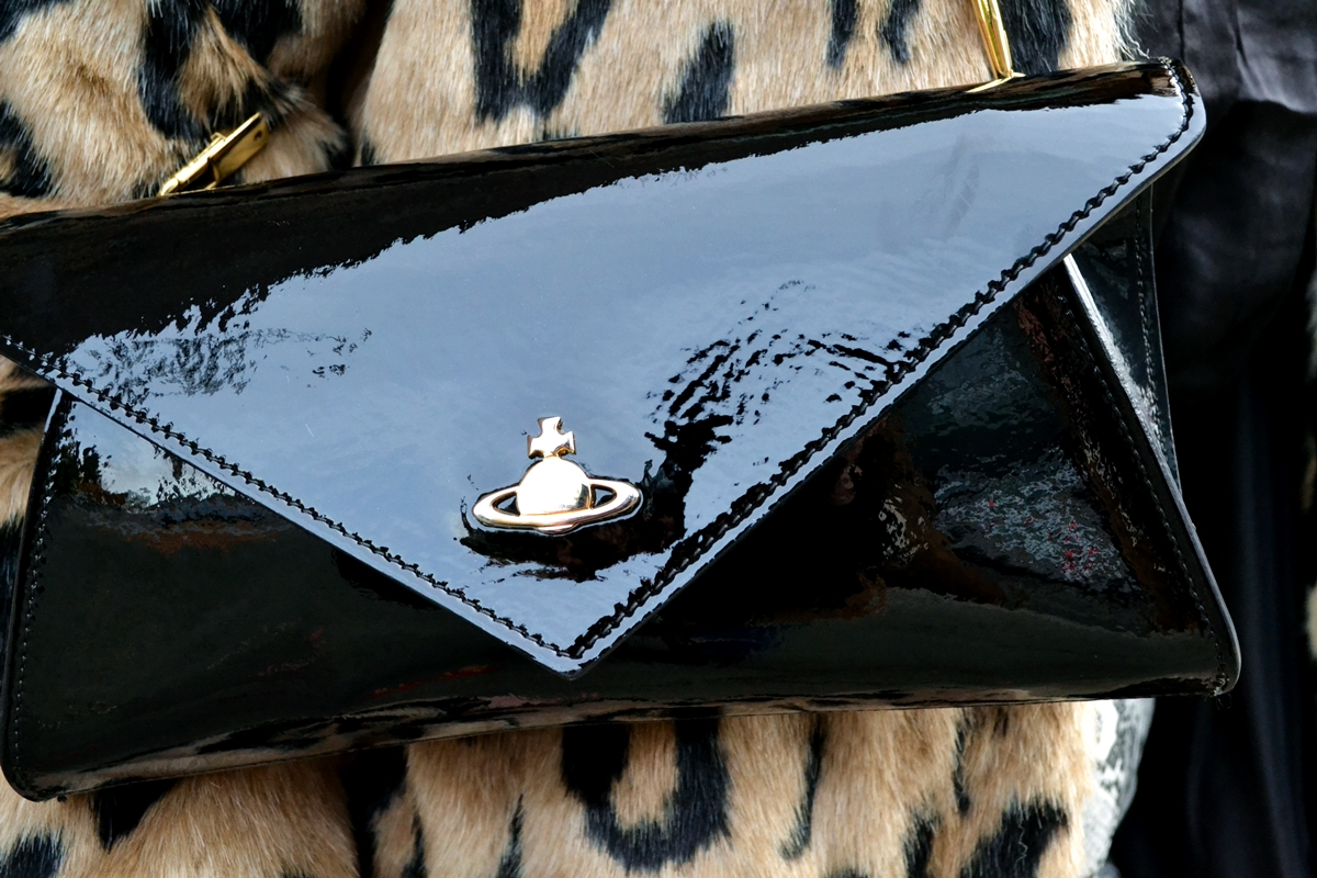 vivienne westwood mirrorball pouchette clutch patent black leather country attire