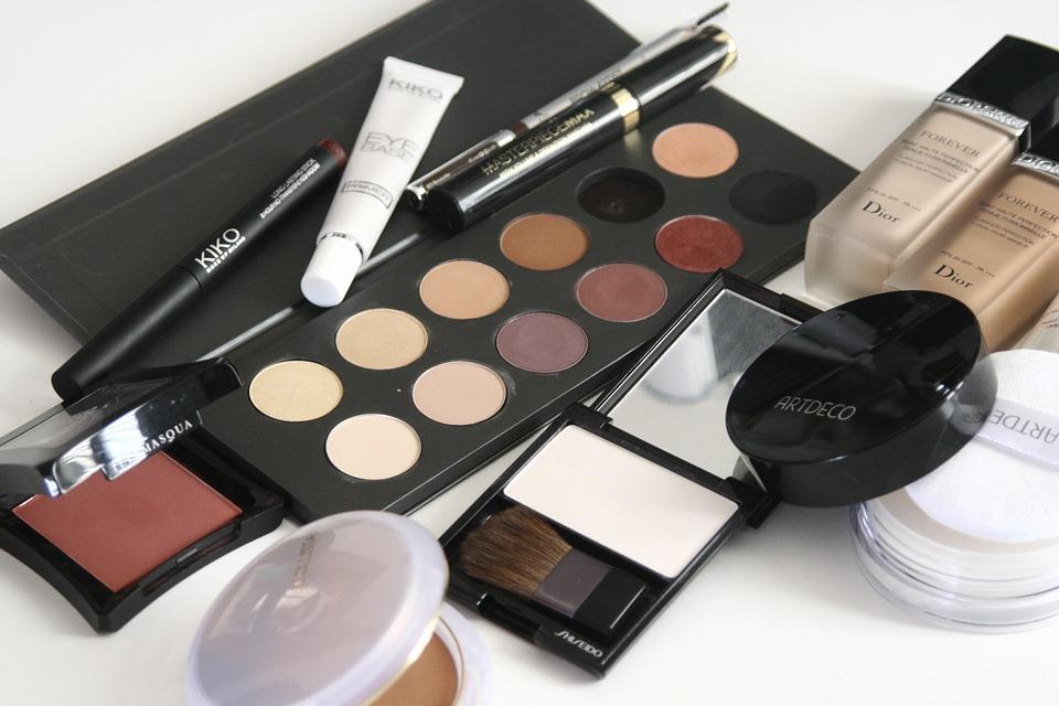 beauty cosmetics hacks tips tricks