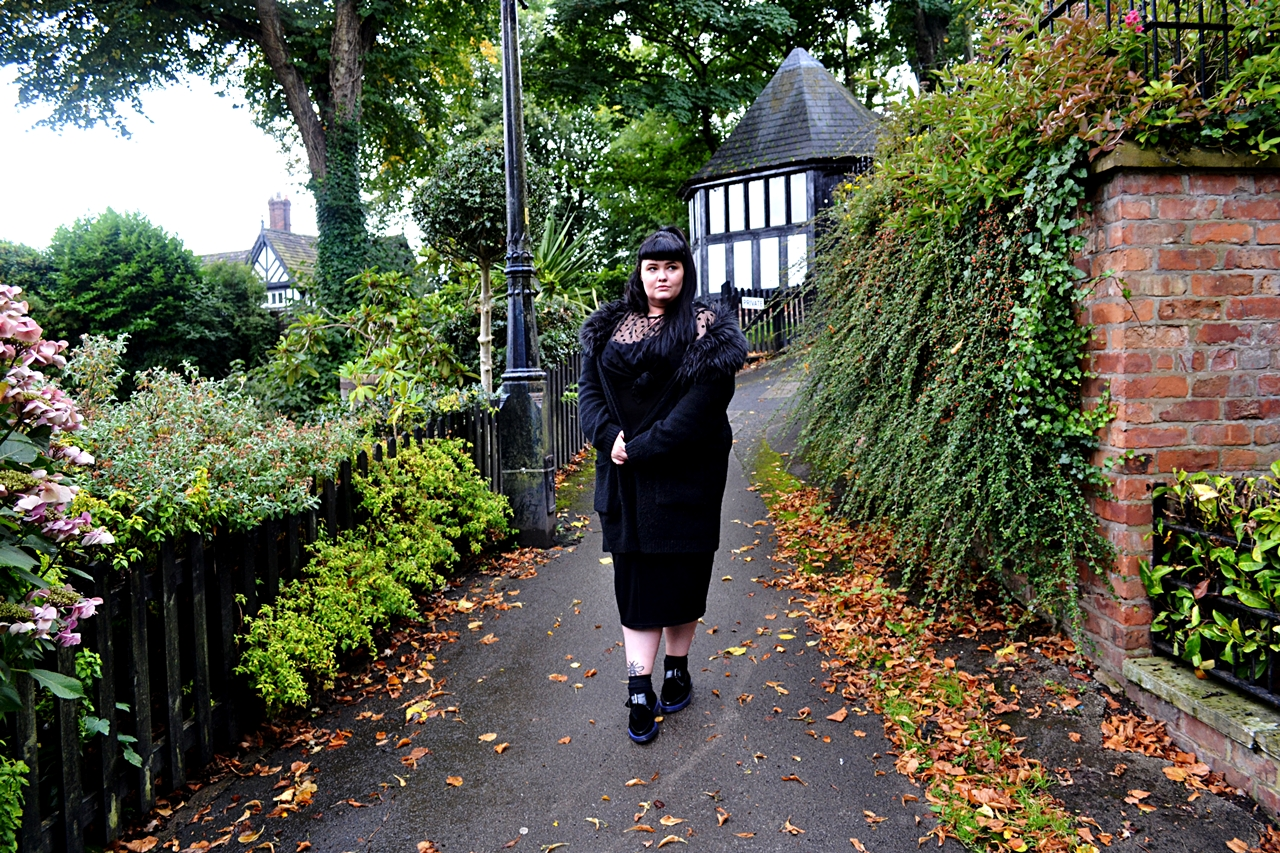 gothic inspired fashion all black style editorial