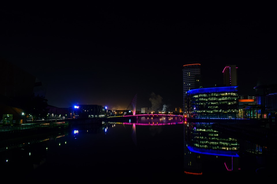 manchester salford quays digital lights festival media city