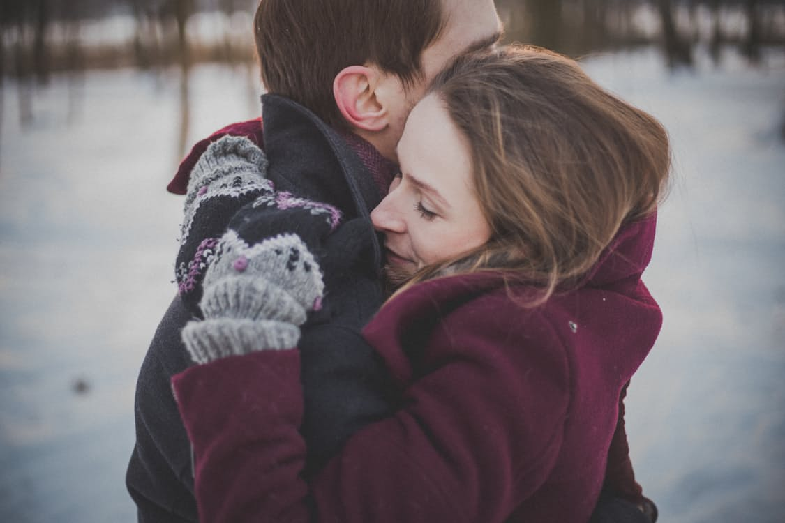 Christmas Eve dubbed most popular day to Propose