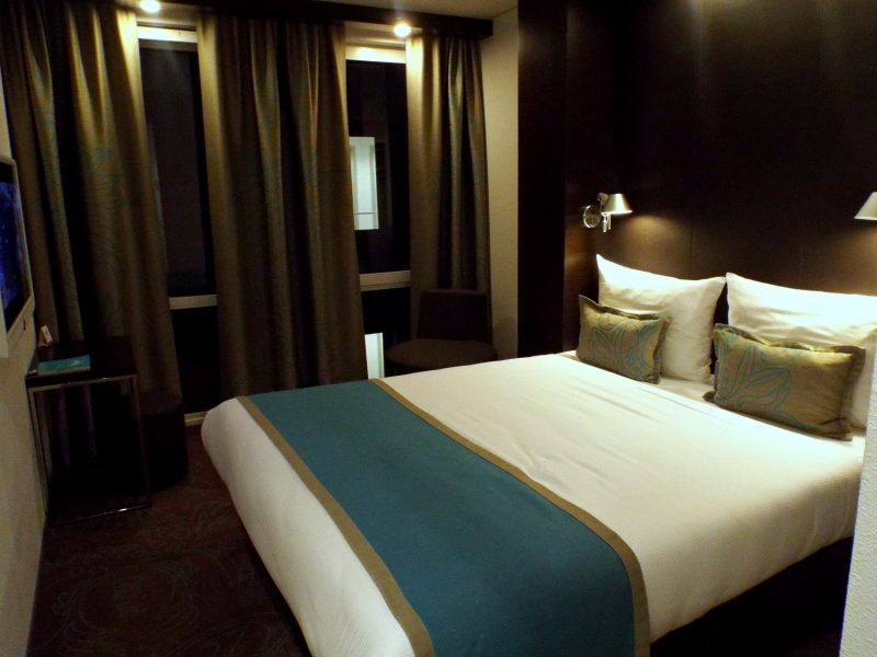 Motel One Manchester Picaadilly Hotel Room